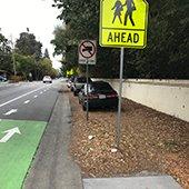incomplete-sidewalk-next-to-bike-lane-on-oak-grove-avenue-2
