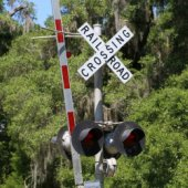 Final Alternatives for Ravenswood Avenue Railroad Crossing