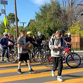 3 - Thumbnail--students-on-foot-and-bicycle-crossing-in-a-crosswalk