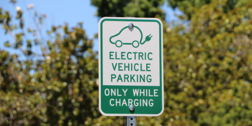 Blog--electric-vehicle-parking-sign